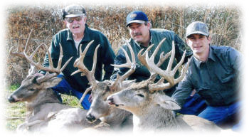 Kansas trophy deer hunting with Kansas Big Boys
